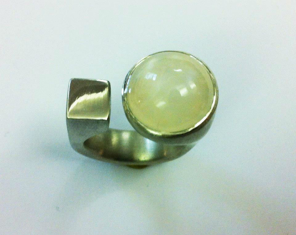 Beispiel: Silberring, Foto: Goldhannes.