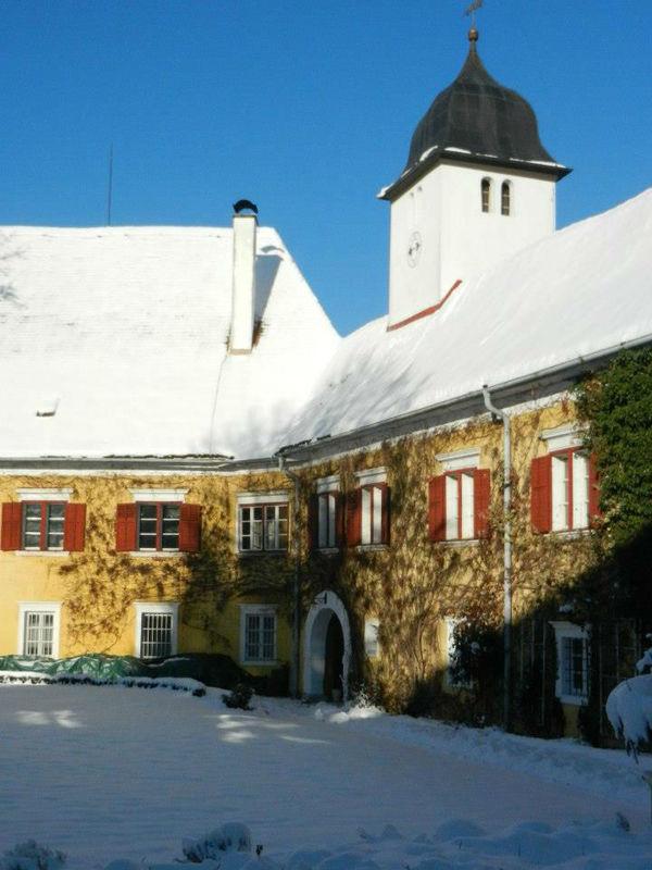 Beispiel: Hochzeit im Schnee, Foto: Schloss Ottersbach.