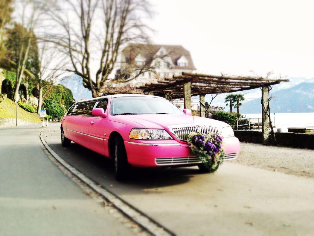 Pink Limousine mieten für Polterabend