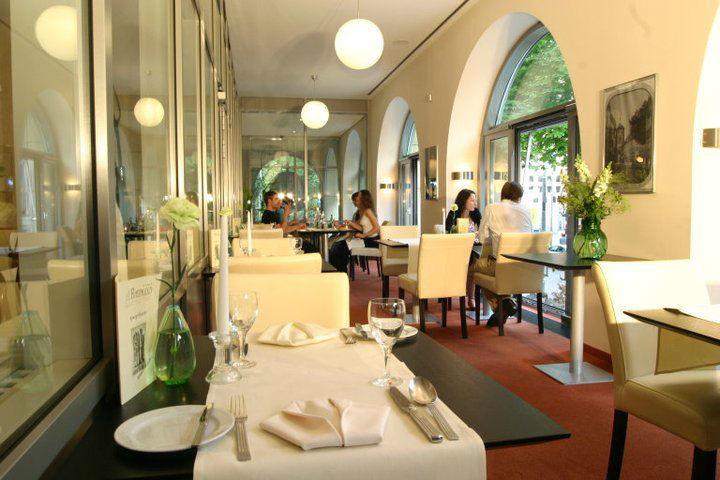 Beispiel: Restaurant im Wintergarten, Foto: Hotel Rheingold.