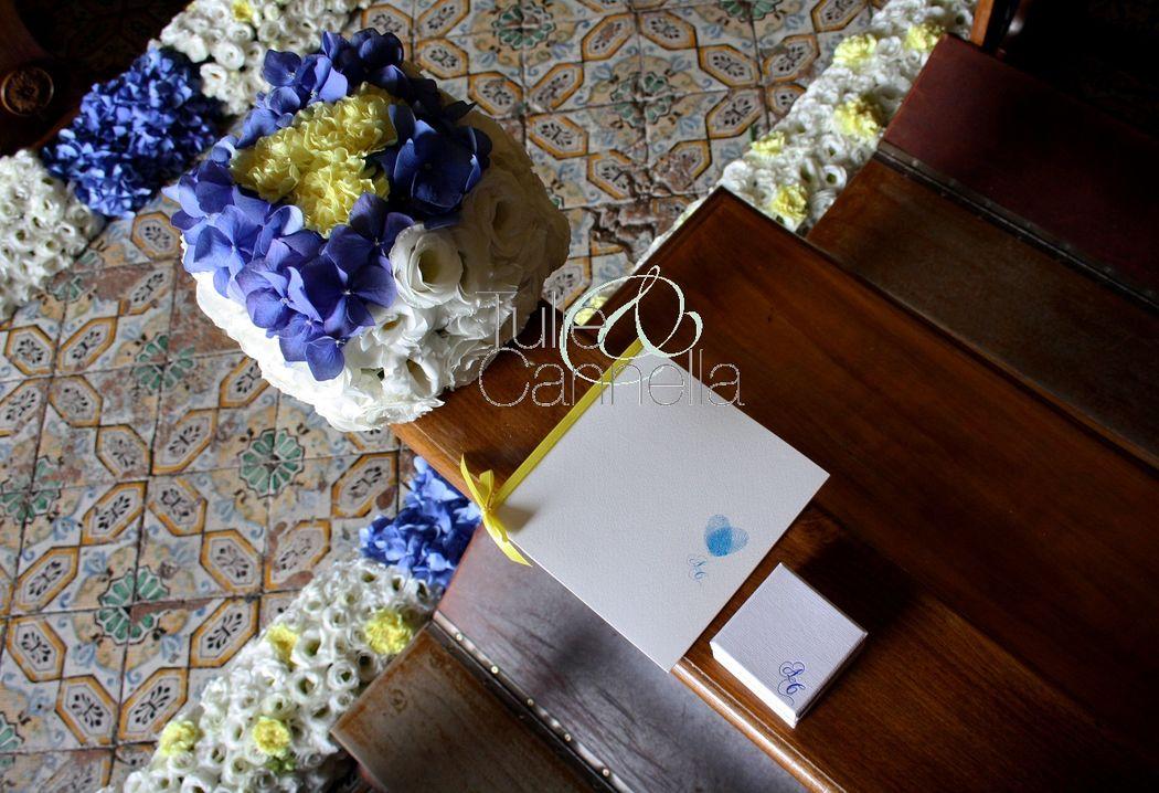 Cubotti di fiori, libretto messa e scatolina per il riso per l'addobbo in chiesa