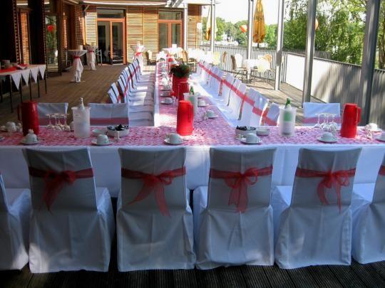 Beispiel: Hochzeitsgedeck Terrasse, Foto: SeePavillon am Tegeler See.