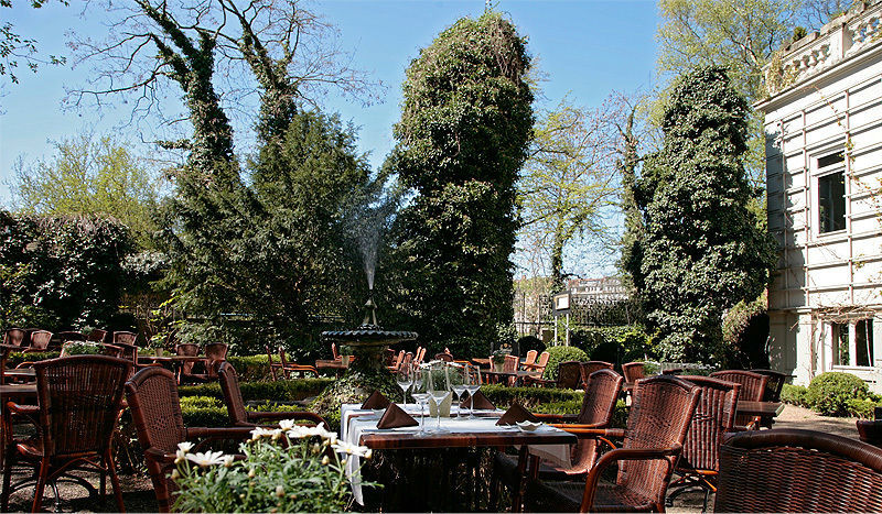 Beispiel: Sommergarten, Foto: Restaurant Villa.
