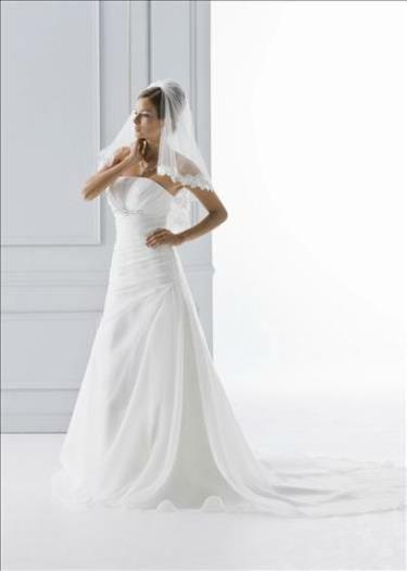 Beispiel: Brautmode für jeden Geschmack, Foto: 2 Due.