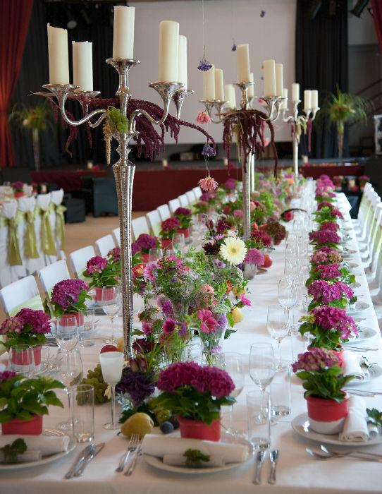 Beispiel: Tischdekoration, Foto: Floraswelten.