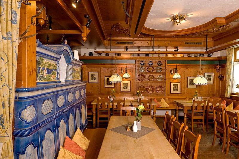 Beispiel: Bayrisches Ambiente im Restaurant, Foto: Hofgut Elchenreute.