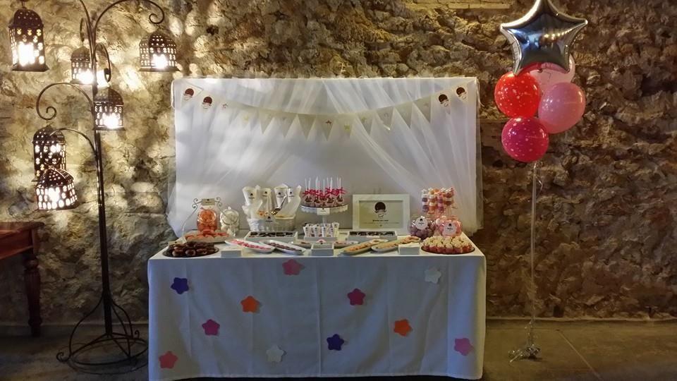 Vista general mesa dulce comunión