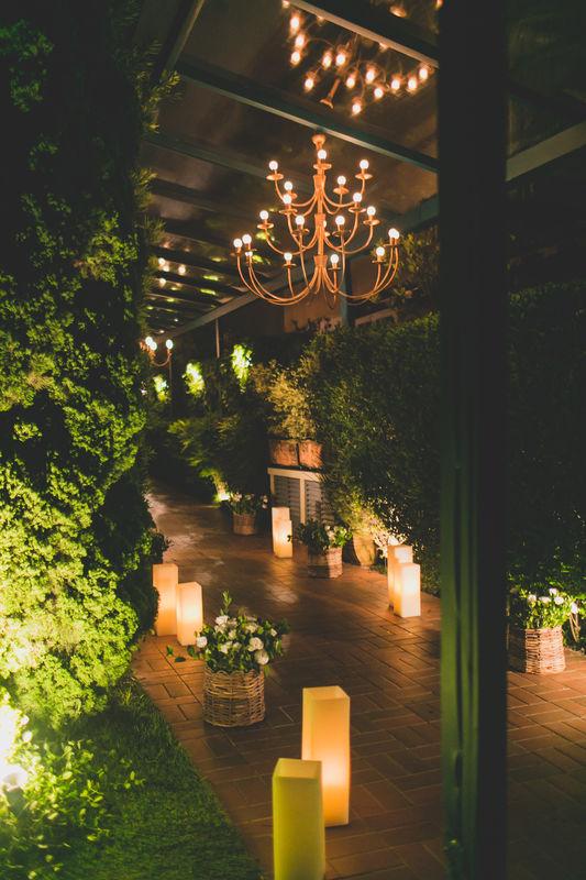 Mini Wedding Residência Projeto e Execução:  Leivas & Lourenço Wedding por Luciana Lourenço e Denise Leivas Fotografia: Adriana e Patrícia Fotografia
