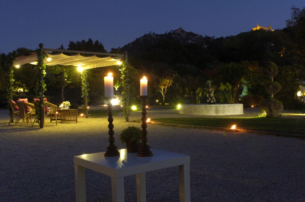 Jardim com Vista Palácios á Noite