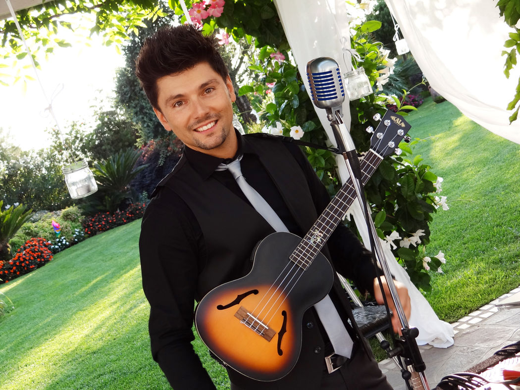 Aldo Dominici Live Acoustic