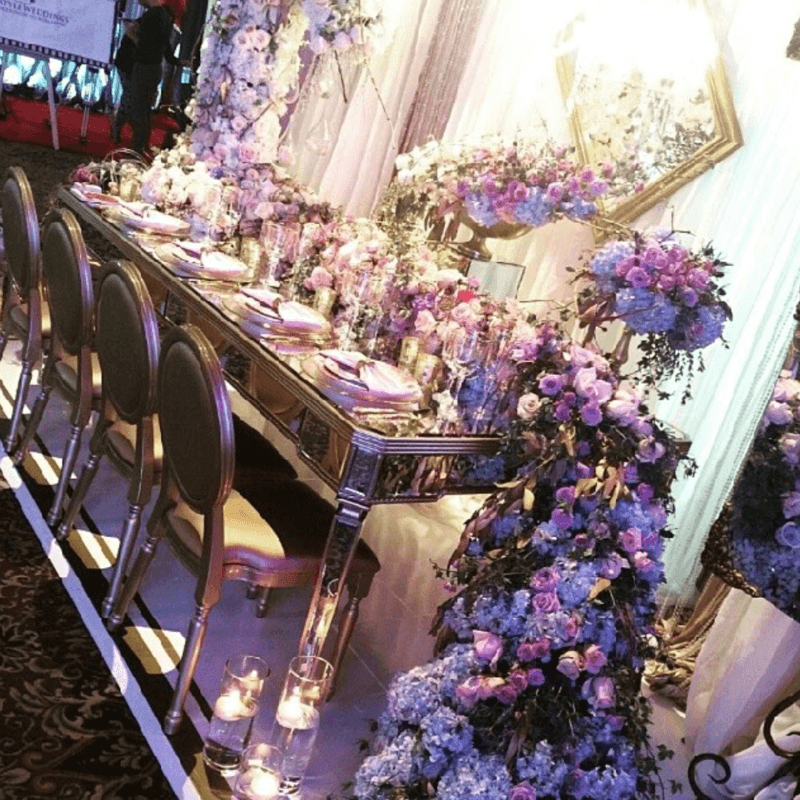 Стол зеркальный