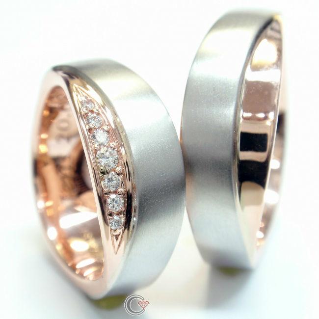 Beispiel: Zweifarbige Ringe, Foto: Schmuckpforte.