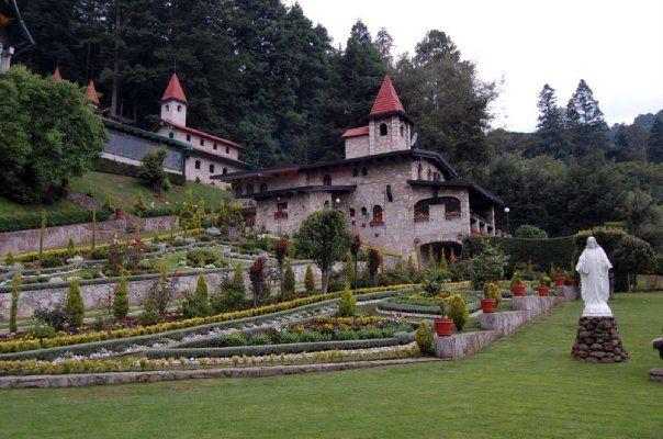 Jardín y complejo para tu boda - Foto El refugio del águila