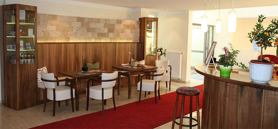 Beispiel: Lobby, Foto: Hotel Schlosswirt.
