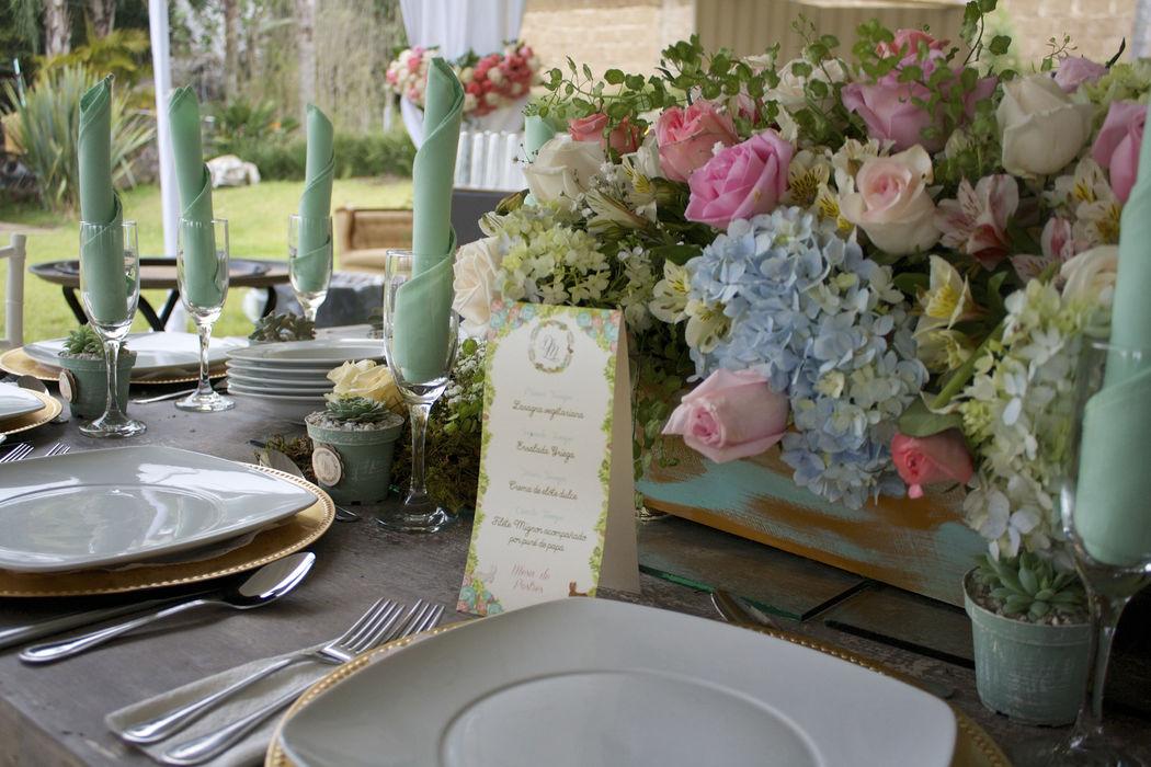 Arreglo de mesas propios al gusto de la novia
