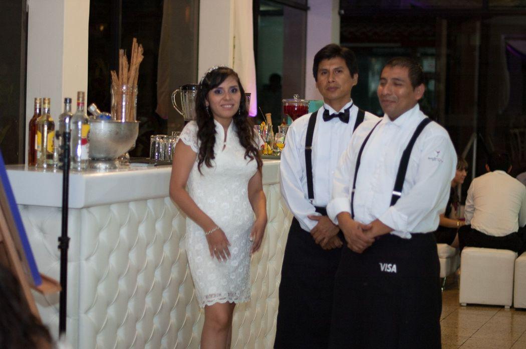 Felices con la novia