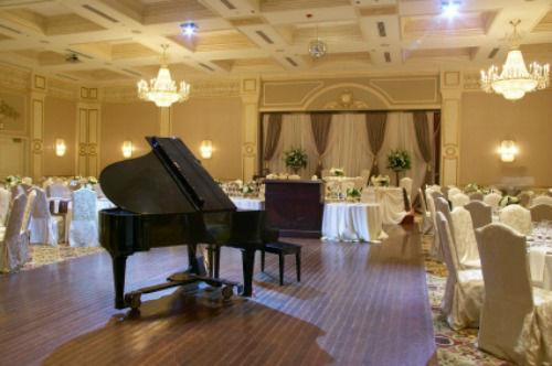 Beispiel: Wedding Piano, Voice & Piano.