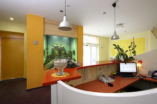 Beispiel: Empfang, Foto: AKZENT Hotel Am Husarenhof.