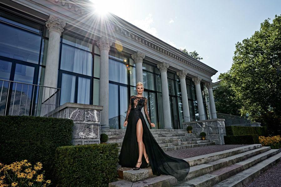 Beispiel: Verzaubern Sie mit Ihrem Kleid, Foto: Mery's Couture Abendmode.