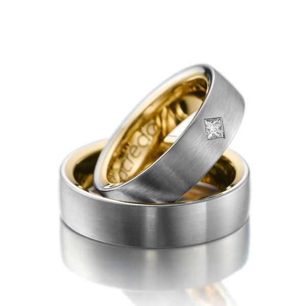 Beispiel: Zweifarbige Ringe, Foto: Acredo.