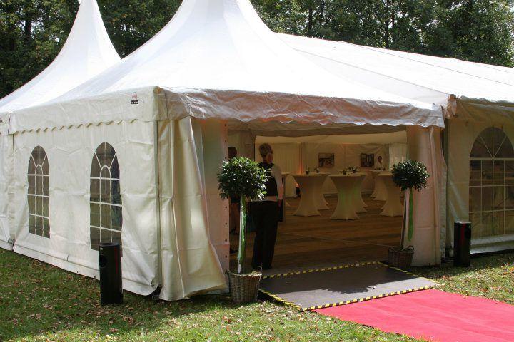 Beispiel: Partyzelt für Ihre Hochzeit, Foto: Alles für Ihre Party.