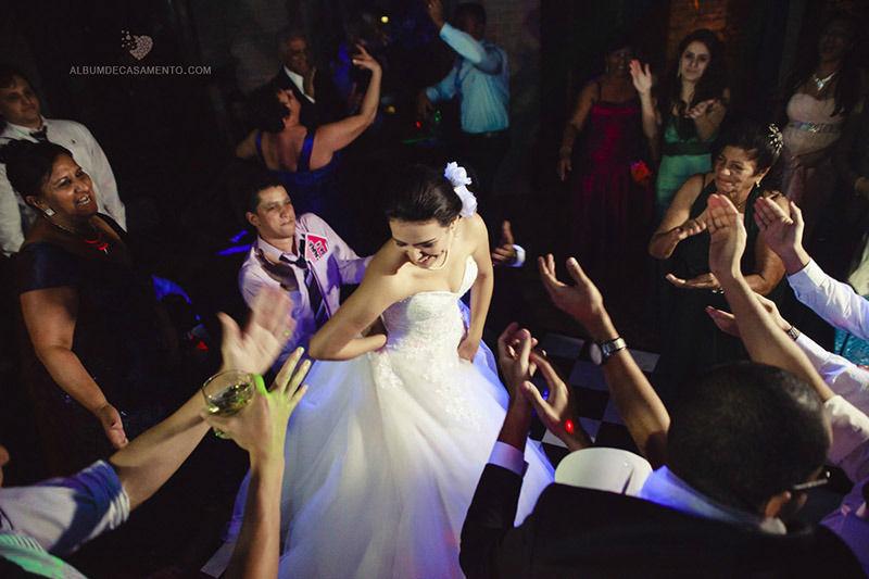 Casamento Sibelle e Alan  Chacara Chiari White Dress Morgana Belloni Bolos Dilene  Atelier Sugar Design (bem casados) Verde Casual