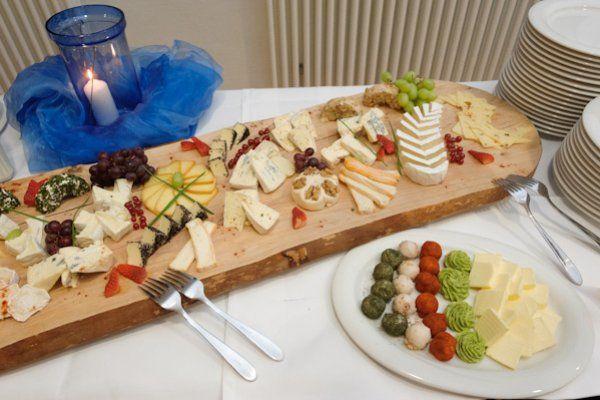 Beispiel: Käseplatte, Foto: Catering Hotel Ambassador.