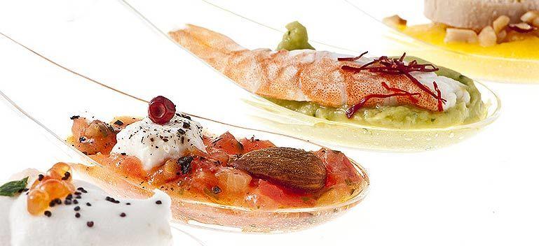 Beispiel: Kleine Häppchen und Fingerfood, Foto: Select Catering.