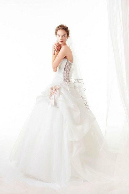 Abito by LeRose&Co. Visita tutta la collezione su www.sposadeste.it