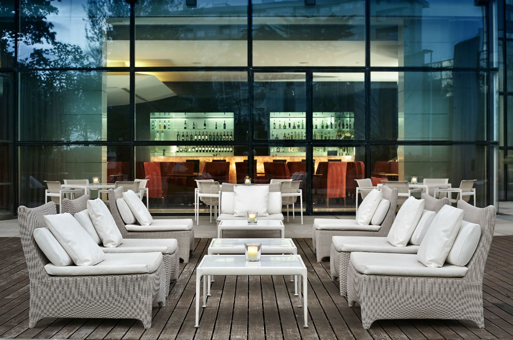 New Yorker Summer Lounge