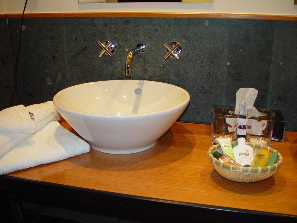 Beispiel: Badezimmer, Foto: Kavalierhaus Caputh.