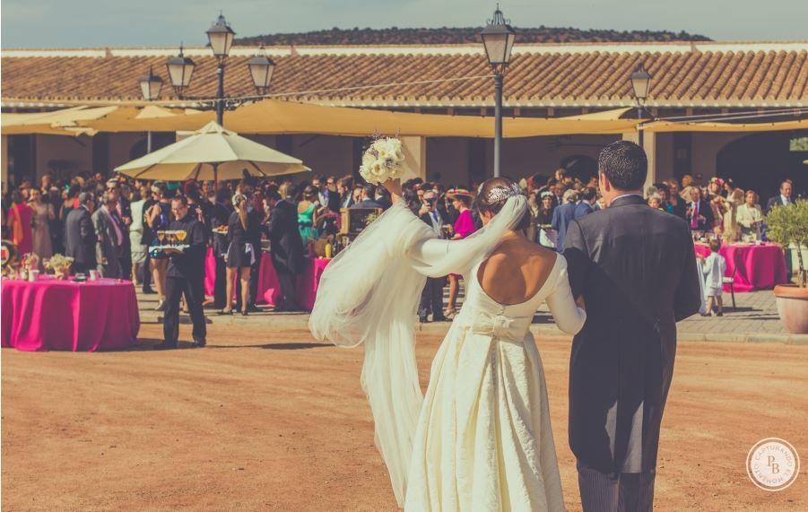La llegada a la finca de La Marquesa en Linares, de Mamen y Rafa.