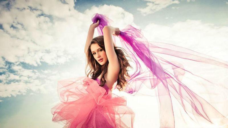 Beispiel: Modemake-up, Foto: Kat make-up.