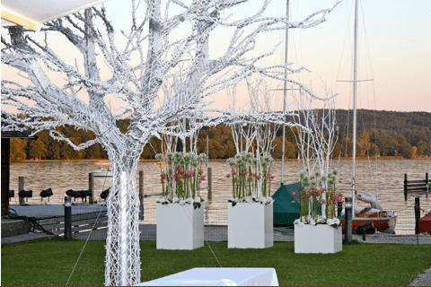 Beispiel: Dekoration, Foto: Aschwin Blumen und Dekoration.
