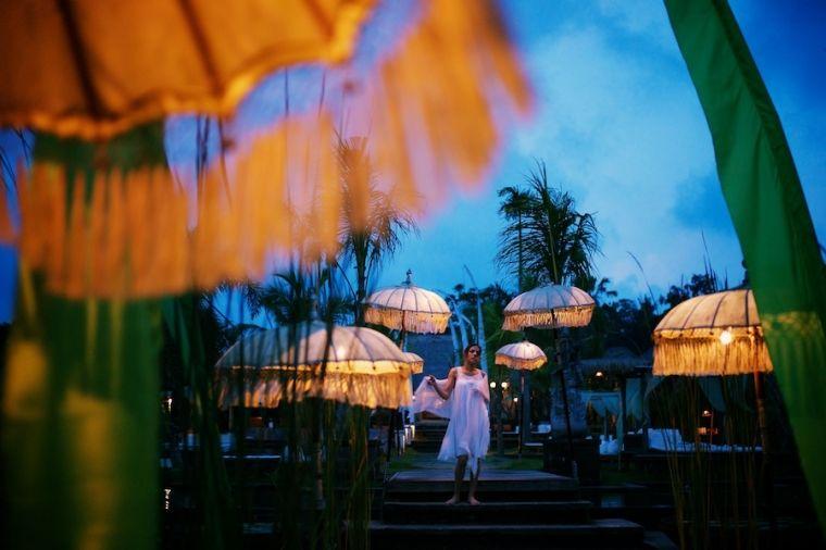 Beispiel: Romantische Hochzeitsfotos, Foto: Schmidt Photography.