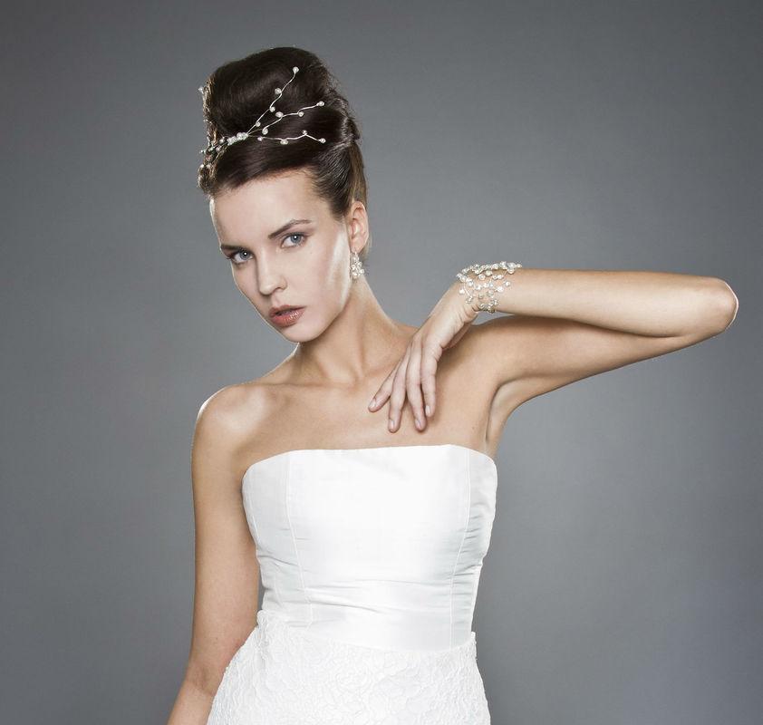 Beispiel: Beeindrucken Sie mit Ihrem Brautschmuck, Foto: Brautschmuck 24.