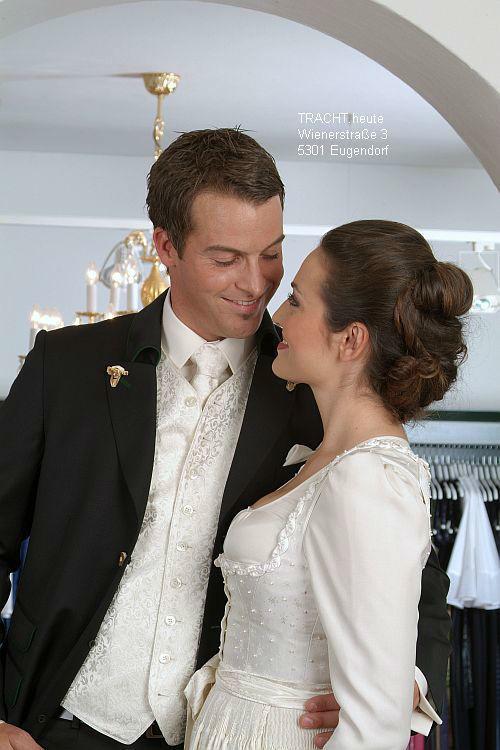 Beispiel: Hochzeitmode, Foto: Gössl - Tracht heute.