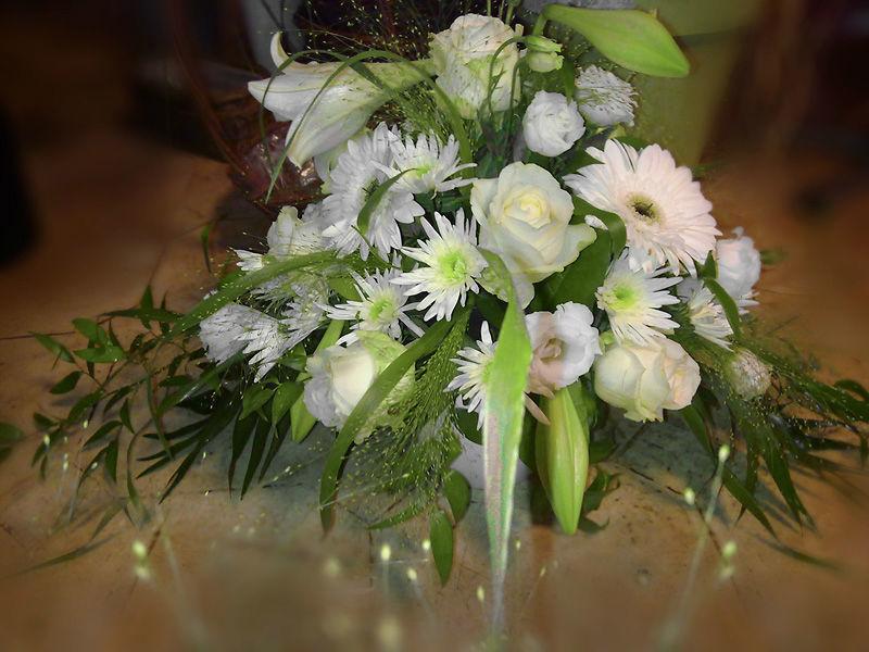 Beispiel: Gestecke als Dekoration, Foto: Blumen Biene.