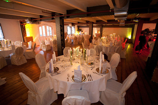 Beispiel: Hochzeitslocation und Menü- oder Buffetplanung, Foto: Averhoff Weddings & Events.