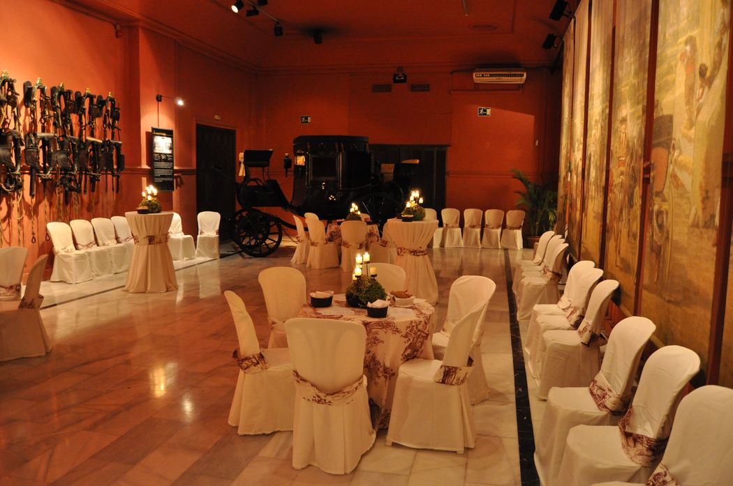 Cena cóctel Salón Rojo