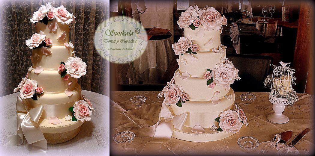 Torta Vintage Rosa Cuarzo. Cake chocolate, con doble relleno de mousse de maracuya.