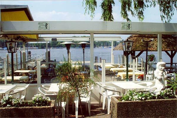 Beispiel: Terrasse am See, Foto: Hotel Restaurant Igel.