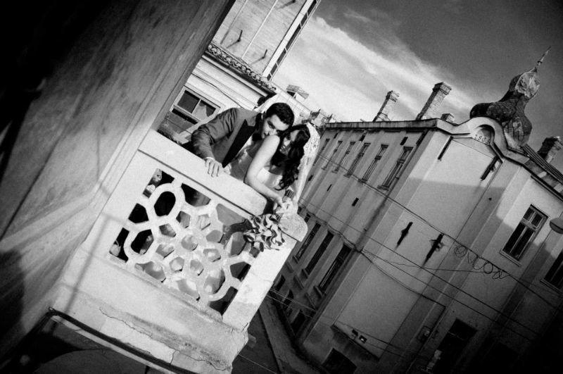 Beispiel: Hochzeitsfotos in Schwarz-Weiß, Foto: Alex Jidovu.