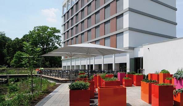 Beispiel: Hotelterrasse, Foto: Lago Hotel & Restaurant.