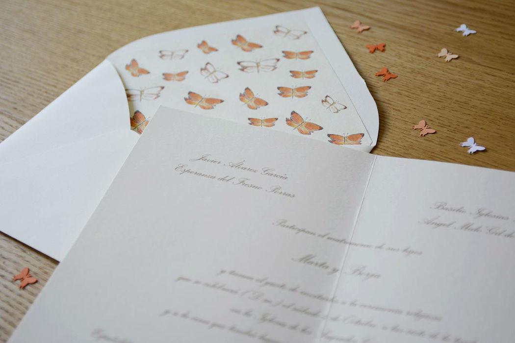 Invitación con diseño de mariposas