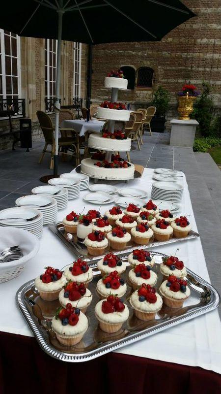 Bruidstaart moment Franse Tuin