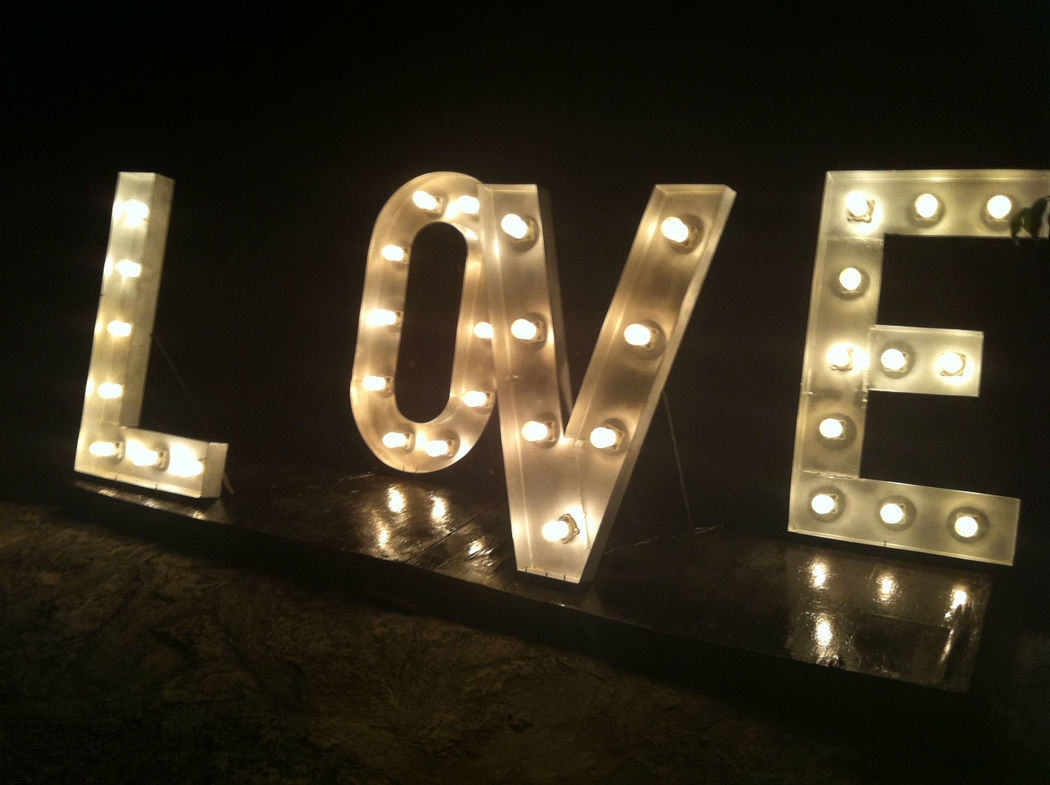 letreros luminosos personalizados