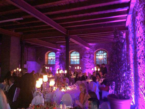 Beispiel: Das Hochzeitsbankett am Abend, Foto: Gutshof Ladenburg.
