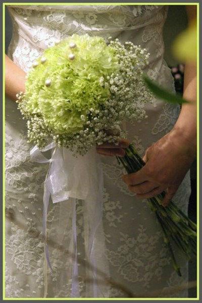 Beispiel: Wunderschöner Brautstrauß, Foto: Blumen Hahn.