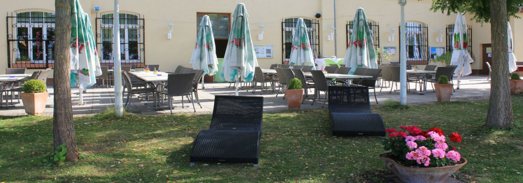 Beispiel: Außenbereich - Terrasse, Foto: Restaurant Zur Tennisterrasse.